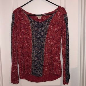 Long sleeve Lucky Brand top!